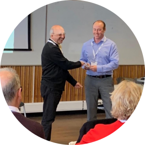 Richard Harris receives outstanding student presentation award 2019
